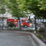 南林間2丁目 南林間中央公園から見た消防車出動です