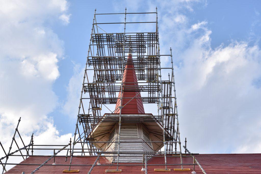 南林間5丁目大和カトリック教会改修工事中です