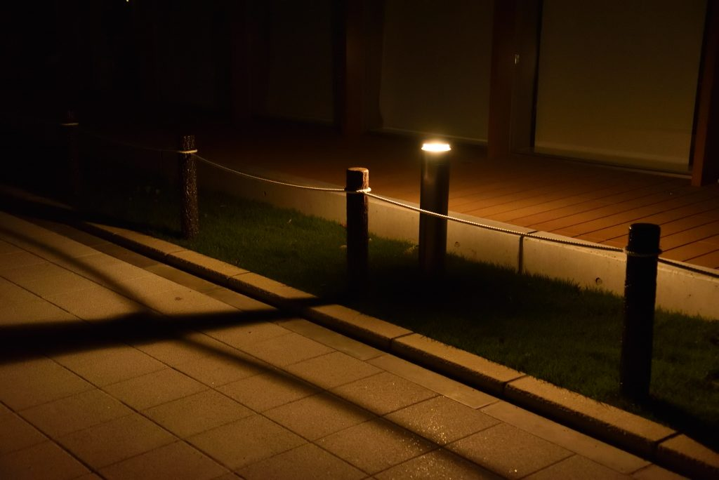 大和市北部文化・スポーツ・子育てセンター 市民交流拠点 ポラリス 周囲の路上の街路灯です